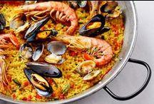 Gastlichkeit: Weltreise / Paella, Pasta, Pide: Wir entdecken die typischen und außergewöhnlichen Rezepte der internationalen Küche. Kulinarisch um die Welt!