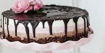 Gastlichkeit: Torten / Extravagante Hochstapler, romantische Verführer und erlesene Tortenrezepte – hier finden nicht nur Backfeen Inspirationen, Deko-Tipps und Rezepte.