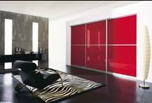 Lacobel / An extensive range of painted glass featuring 25 trendy colours.