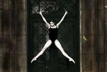 Famous People 05: Dancers / Beroemde dansers en danseressen / by Marcella Roelin