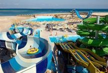13 Best Waterpark Hotels / Each of these amazing waterpark hotels boast a fantastic location and give you access to some fantastic pools, fast slides and excellent facilities. Designed to keep everyone satisfied, these waterpark and hotel combined resorts can be found in Egypt, Majorca, Greece and Turkey to name but a few. Enjoy! Read more here: http://www.sunmaster.co.uk/blog/the-13-best-waterpark-hotels/