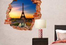 Paris, mon amour... / Parigi è la città dove l'arte e la cultura si mescolano. Camminare e perdersi per i vicoli di Montmartre o di Bellevue, e poi improvvisamente ritrovarsi in una delle avenues incredibilmente maestose è davvero emozionante! Parigi è una città che a parole è difficile descrivere, ha mille sfaccettature e di cui non puoi non innamorarti! Porta a casa tua la bellezza della capitale bohémienne e piena di fascino.