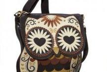 Borse / Una delle mie fissazioni sono le borse: nere o colorate, grandi o minuscole, semplici o ricercate