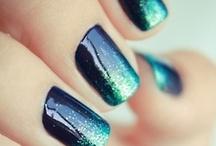 Manucure / Faudra que j'arrête de me ronger les ongles...