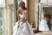 Gowns / Wedding Gowns