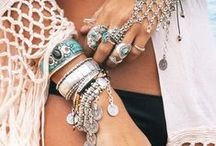 Accessories: JEWELLERY