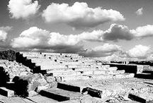 Crete in Black & White / Crete means those big moments in life that you never forget; it also means those small moments that only become important moments on that singular island.  This board is filled with snapshots of Crete captured in black and white; is a tour of the island at an unrelenting pace, both shadow and light at the same time. Photographs: Maria Stefossi, Translation: John o'Shea, Sabine Laas, Зоя Ромбу