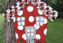 Alabama Roll Tide Roll / Celebrating all the Alabama fans with fashion, tailgating and decor!