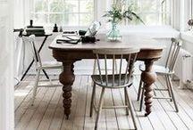 Comedor / No quites los platos de la mesa cuando acabas de comer...