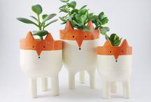 • plant pots •