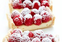 Food ~ Sweets / Sweet things to eat ~     Cupcakes on separate board
