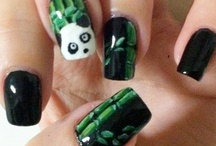 cool Nails / by Susan Perea