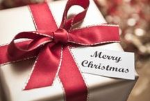 Christmas Gift Wrapping / Beautiful gift wrapping ideas for Christmas and holiday gifts.