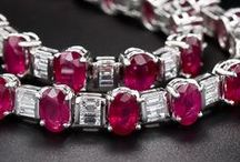 Magnificent Jewels: Rubies / Important Ruby pieces.