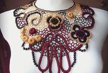 Irish crochet Lace collars, Bib, Necklace / #Victorianstyle jewelry #necklace  #collar #crochet jewelry, #choker #bibs, #weddingjewelry,  #bridal #flowernecklace  #floralcollars, #statementnecklace
