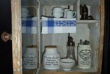 Cupboard, Hutch, Shelve & Trunk /  Kast, Kist en Regaal