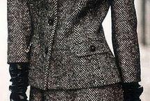 Classic style. Klasický štýl. / No extrems, elegant business style. Quality and timeless elegance. Patterns from man fashion, paisley, dots...femine elegant style, Chanel. Pumps, heels. Choose in your best colours. http://vizazista.sk/blog/klasicky-styl-odievania/ Klasická žena je nadčasovo elegantná, má rada usporiadanosť, tradície. Klasický štýl je vhodný aj do do tradičných formálnych profesií (bankovníctvo, poisťovníctvo, managerské pozície...).