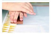 Drucken und Stempeln // DIY printing and stamping // Muster // paterns / selbstgemachte Muster machen so viel mehr Spaß als gekaufte! Dazu gibt es hier schöne Ideen <3 --- DIY patterns and DIY printing ideas. much more lovely than bought ones! <3