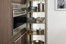 Dispensa Pantry / pull out pantry units for kitchens and closets