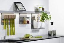 Linero MosaiQ Backsplash / Kitchen backsplash or home office wall organization from Kessebohmer Clever Storage