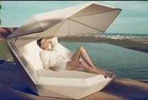 Esprit Farniente / Le rituel de la détente ne s'improvise pas : adoptez les indispensables du Farniente pour vous prélasser au bord de votre piscine, dans votre jardin ou sur votre terrasse, au soleil comme à l'ombre.
