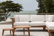 By Oasiq / La marque américaine OASIQ présente une collection de mobilier unique et inédite aux lignes contemporaines et intemporelles.