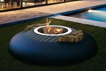 By GlammFire / La marque portugaise GlammFire est spécialisée dans la fabrication de cheminées et barbecues design et contemporain. Sans cesse à la recherche d'originalité pour rendre ses produits uniques, la marque a également à souhait le respect de l'environnement.