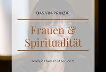 Frauen & Spiritualität / weibliche Spiritualität - Spiritualität von und für Frauen. Spiritualität für ein neues FrauSein und der Verbindung mit der weiblichen Kraft.