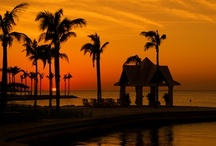 Marathon Sunsets / Photos will never do justice to the beautiful sunsets we in the Keys are privy to, but take a look at what you can feast your eyes on when you arrive!