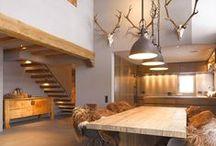 Innenarchitektur / Wir machen Räume erlebbar. Unsere Einrichtungen überzeugen durch ein harmonisches Zusammenspiel von Farbe, Form, Material und Funktionalität.