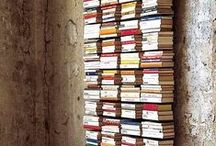 Literary Sculptures / Sculptures made of books and sculptures that celebrate reading