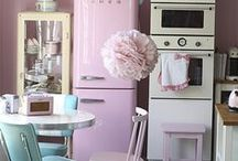 Vintage Kitchen / Everything about getting that vintage look.