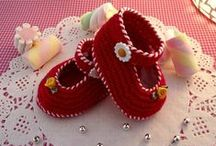 Crochet Baby Shoes and Booties pdf Patterns / Make cute your baby with all these baby shoes and booties crochet patterns! I´m looking to contributors for this board, if you want to participate please contact me at www.liliacraftparty.etsy.com