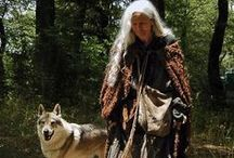 Lady of the woods / I'm collecting here inspirations for clothes, shoes or jewelery I can make myself later or find something familiar in second-hand and than upgrade it. I love celtic, bohemian, pagan and slavic style.