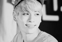 SHINee ~ Kim Jonghyun ~ Jonghyun [*] / Kim Jonghyun... thank you for your fantastic music, songs, voice and for all of you. You did well, Jonghyun. Rest in peace