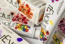 ALFAPARF / Ispirata dalla creatività di Milano, capitale della moda e del design, ALFAPARF MILANO si contraddistingue per stile italiano, raffinata perfezione e cura del dettaglio. Dai ricercatori, ai consulenti di vendita, ai formatori tecnici e manageriali, ALFAPARF MILANO lavora con orgoglio e passione per affiancare e supportare l'acconciatore in tutti gli aspetti della sua professione.