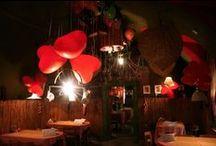 Valentínska výzdoba / Stalo sa už tradíciou že na Deň svätého Valentína máme v Zvone romantickú výzdobu.