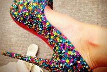Zapatillas Favoritas / Como a toda mujer me encantan los zapatos