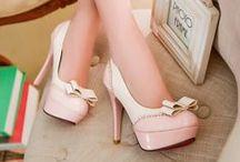 Zapatillas Elegantes / No hay nada como el amor hacia los zapatos