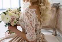 Wedding Dresses / The most attractive wedding gowns for become a princess on your marriage day. For every ceremony, from beach wedding dress to rustic country wedding dress, passing by classic wedding gown, you'll find the robe of your dream! Most summer wedding dresses on sale!