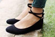 Comfortable shoes. / Zapatos cómodos, y algunos consejos... :3