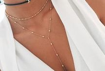 Cute Necklaces / Cute pendant and fashion necklaces for teen and women, to wear with all your outfits and cute dresses!