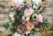 Wedding Flowers / The cutest wedding bouquets and floral decor ideas for your winter wedding!