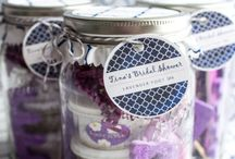 Spa in a Jar / Get your spa-at-home on with these fun jars filled with handmade beauty products.