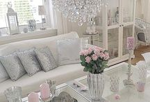 Salotto rosa e argento