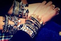 Arm Party / by Per Lei Boutique