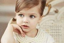 """Baby Girl  / Mãe de uma """"bella bambina"""", sempre procuro coisas que tenham a ver com esse Universo """"cor-de-rosa""""... Se ela vai gostar quando crescer? Deus sabe! Mas, por enquanto, eu gosto por ela!!! :D"""