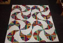 Curved log cabins quilts / by Janalee Petsch