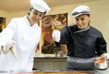 Les Coulisses du Chocolat / Découvrez notre Maître Chocolatier, et nos chocolatières dans l'atelier de fabrication où tous les chocolats Antton prennent formes!