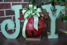Christmas Decor / Fun, festive and easy ways to add a little Christmas to the home.  / by Renee Dietzel